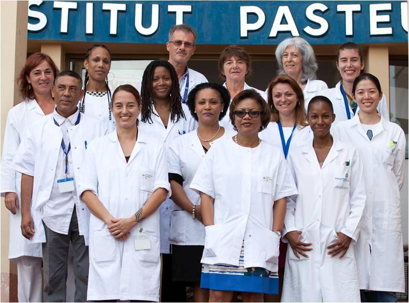 Une partie de l'équipe du Laboratoire de Biologie Médicale