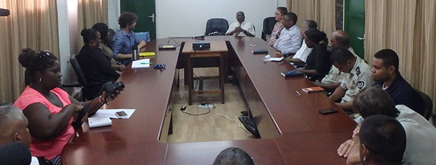 L'Institut Pasteur de la Guyane accompagne la mise en place d'un insectarium au Bureau de santé publique du Suriname