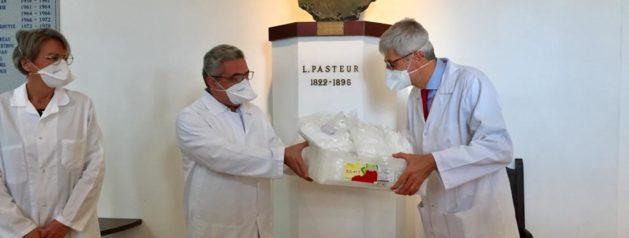 Le Préfet de Guyane fait un don de masques à l'IP Guyane